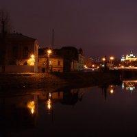 Дождливый вечер на набережной :: Валентина M