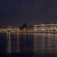 Вид ночью на стрелку В.О. :: Валерий