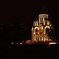 Храм в ночи :: Надюша