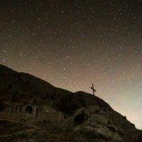 Ночь перед восхождением на гору Афон ( Греция) :: Валерий