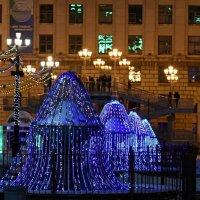 Огни праздничного города :: Volkov Igor