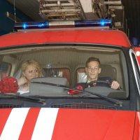 Пожар на свадьбе. Настя и Алексей спешат на помощь... :: Любовь Потравных