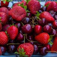 Сладкие ягоды :: Ирина