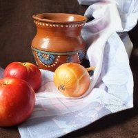 крынка молока и яблоки :: Танзиля