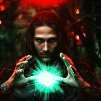 Длинноволосый колдун с светящимся, магическим  шаром. :: Ольга Колбакова