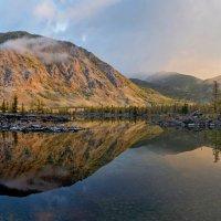Утро в долине лавовых озер. :: Страхова Татьяна