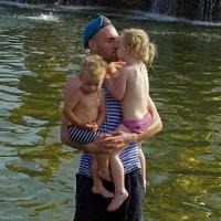 День ВДВ. С дочкой и сыном :: Дмитрий Моркин