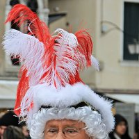 Печальный лик веселого карнавала :: Ирина Козлова
