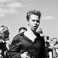 Разевающий рот... :: Андрей Мясоедов