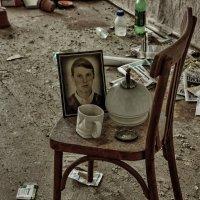 Хозяева уехали ... память осталась. :: Анатолий. Chesnavik.