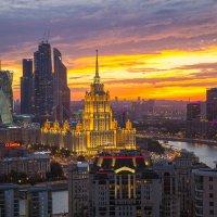 Закат над Москвой :: Александр М