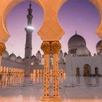 Мечеть шейха Заеда в Абу-Даби :: Николай Сигаев