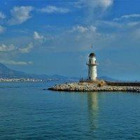 В порту Аланьи... :: Sergey Gordoff