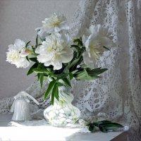 Белых пионов букет :: Нина Синица