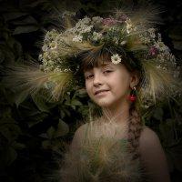 Красотка с вишенкой :: Виктор Смирнов