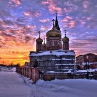 Барнаул.Закат.Знаменский монастырь :: Сергей Новиков