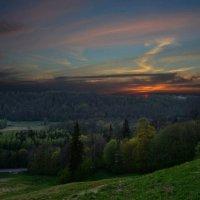 Сияющий закат в Сигулде :: Дмитрий Каминский