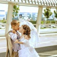 Детки на свадьбе :: Татьяна Шацило