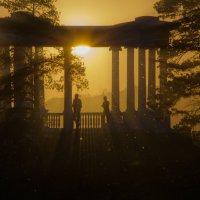 Ротонда в лучах заката. :: Сергей Адигамов
