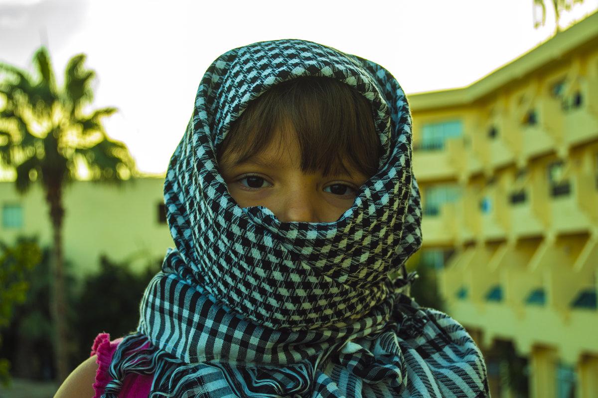 Фото молодого араба 22 фотография