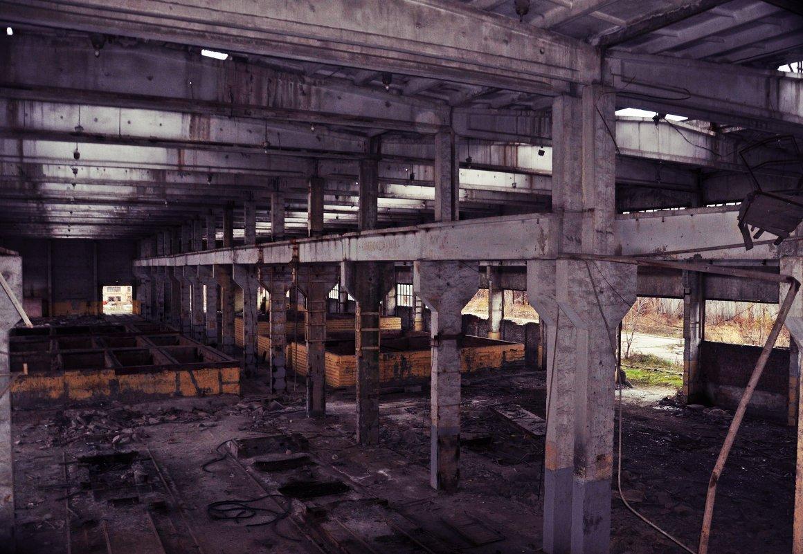 Заброшенный завод - Алексей Лебедев