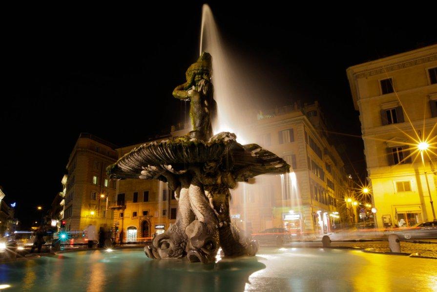 Tritone. Rome. Italy. - Eva Langue