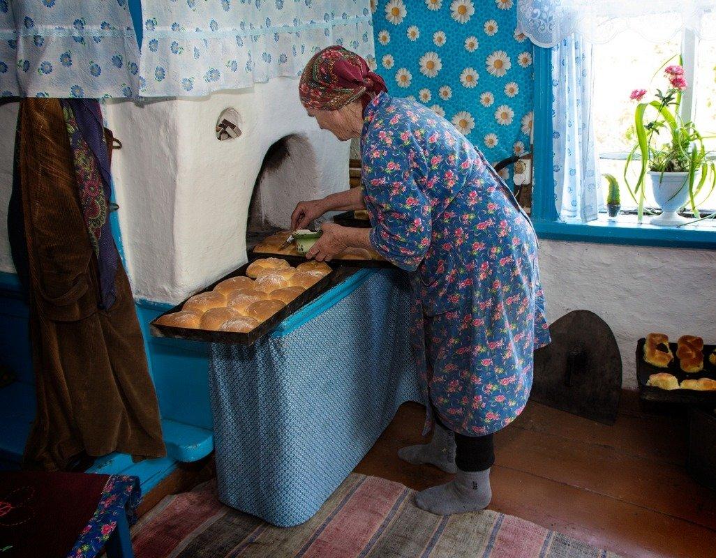 Смотреть русская старая бабушка с внуком 21 фотография