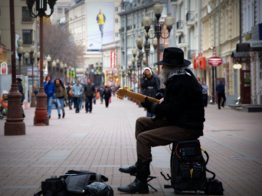 Живая музыка на Арбате - Алексей Глазунов