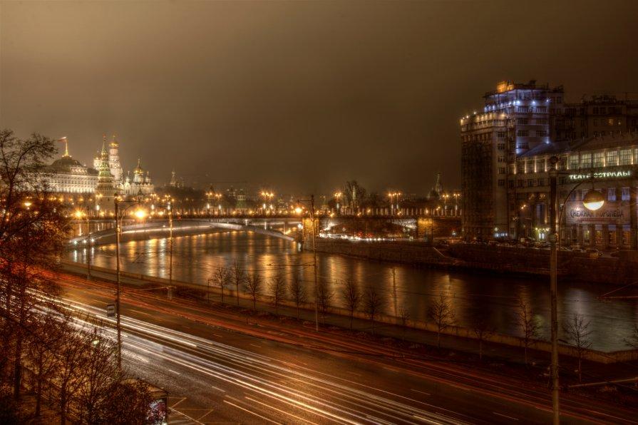 Москва. Дождь. - Андрей Егоров