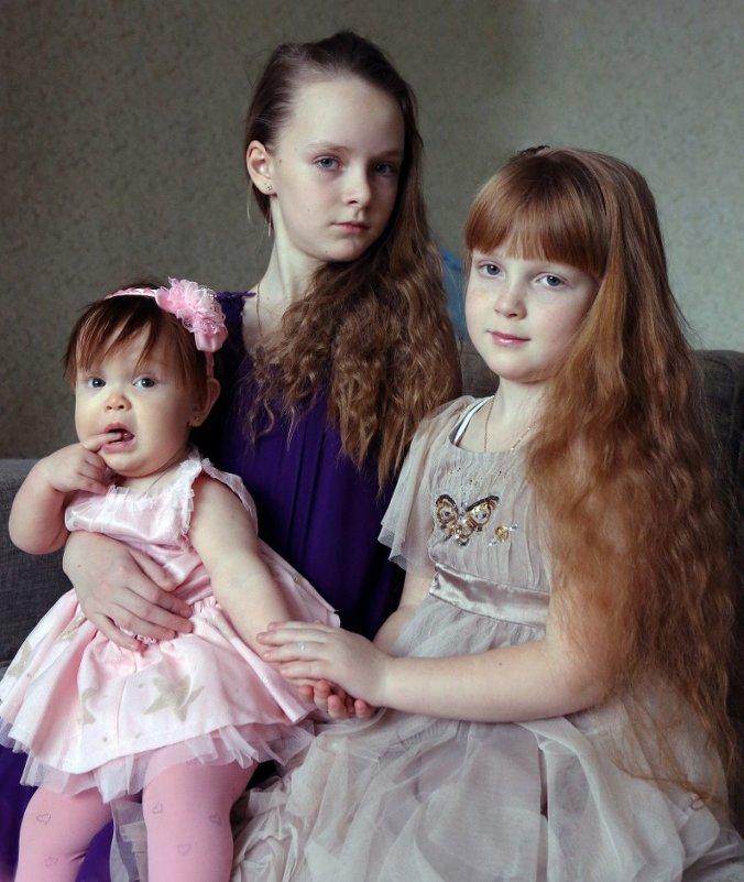 Три сестры - Сергей Яснов