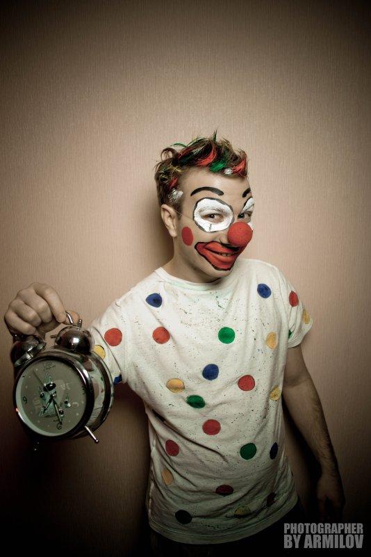 Wanted Circus | 10/11/12 - Армен Садян