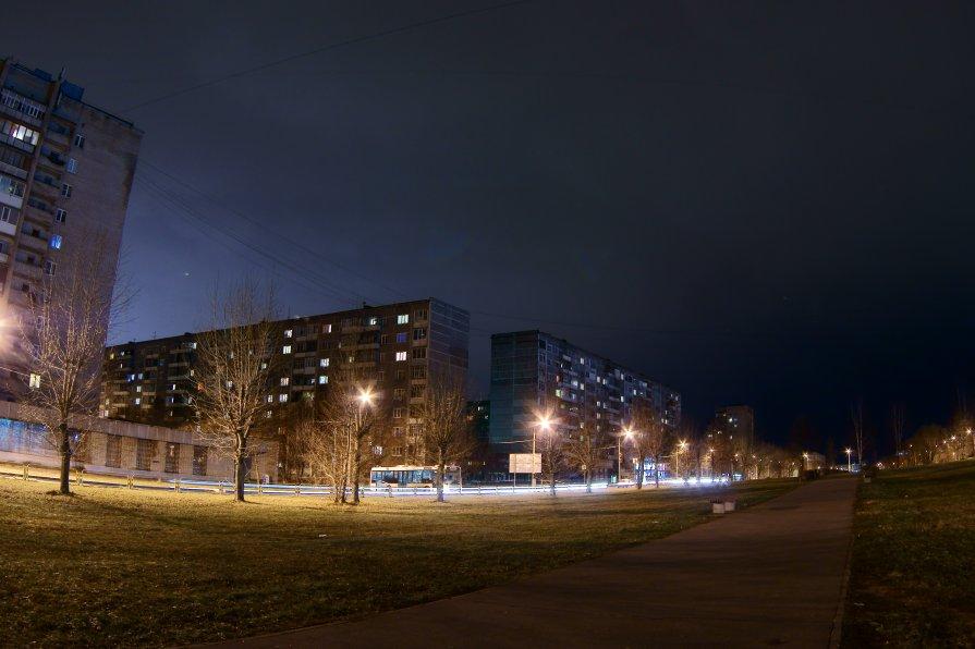 Вечерняя улица - Сергей Тарасенко