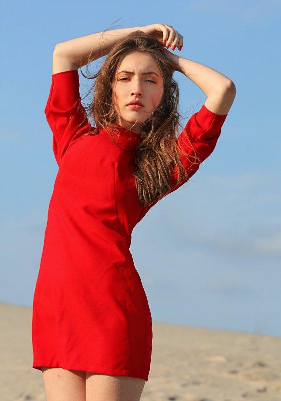 Lady in red - Ольга Некрасова