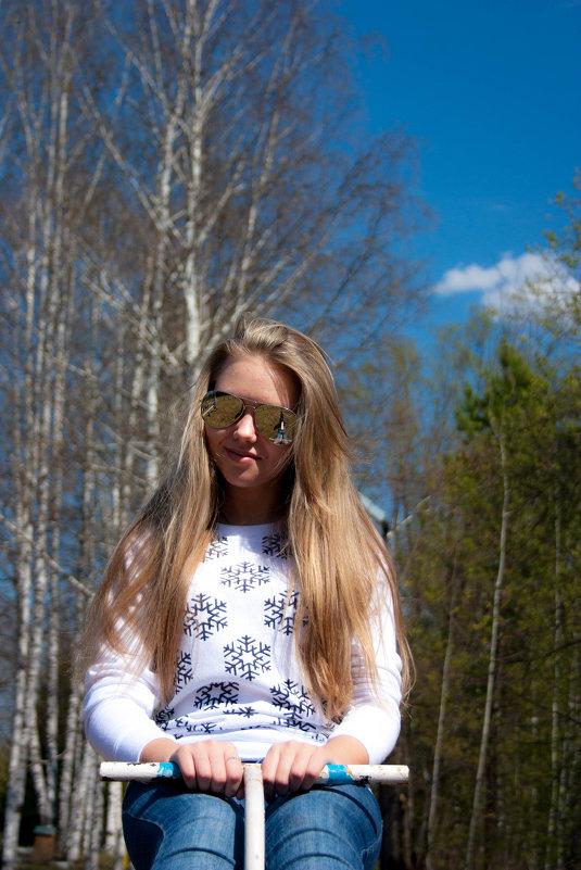 Раскачалась весна на качелях) - Мила Солнечная