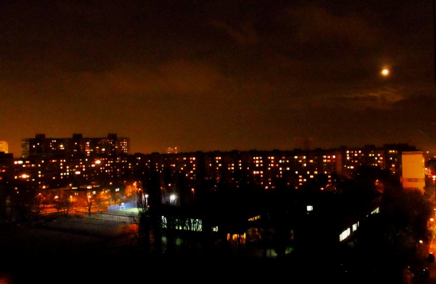 Луна над городом - AV Odessa