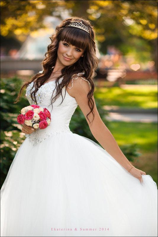 Самый красивый наряд для девушки – это счастье. Носите его, не снимая :) - Алексей Латыш