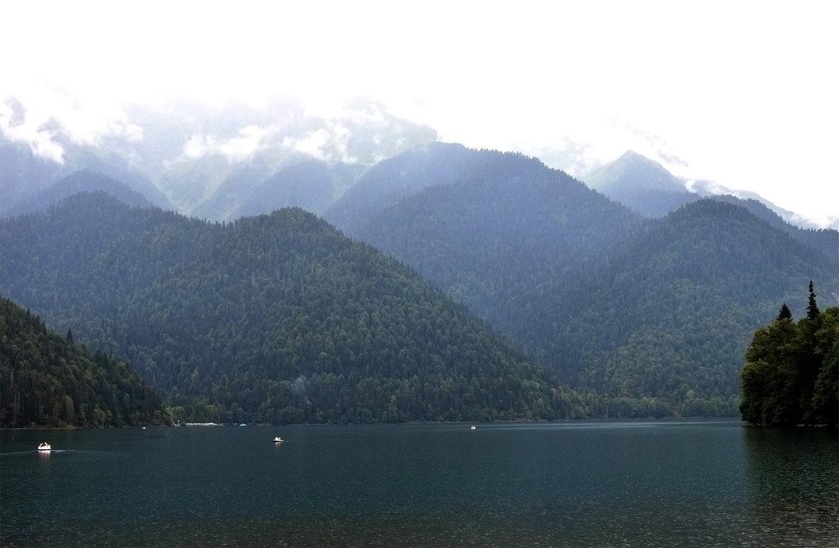 Горное озеро - ID@ Cyber.net