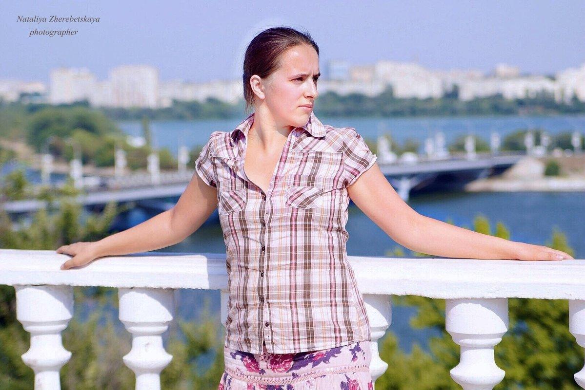 На набережной - Наталья Жеребецкая