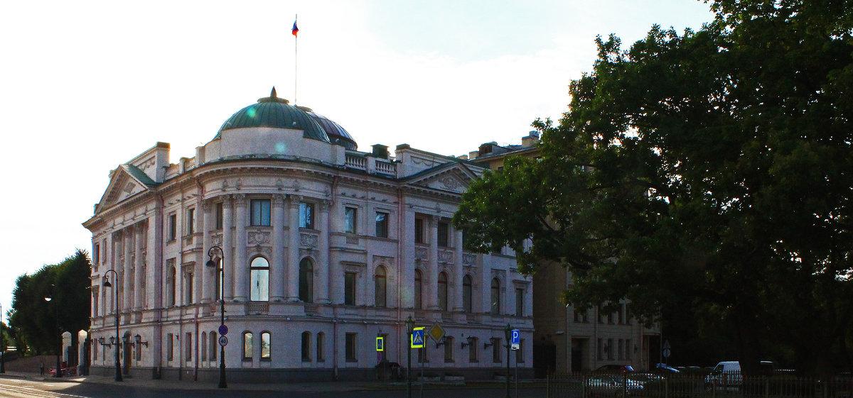 Дворец великого князя Николая Николаевича-младшего. - Александр Лейкум