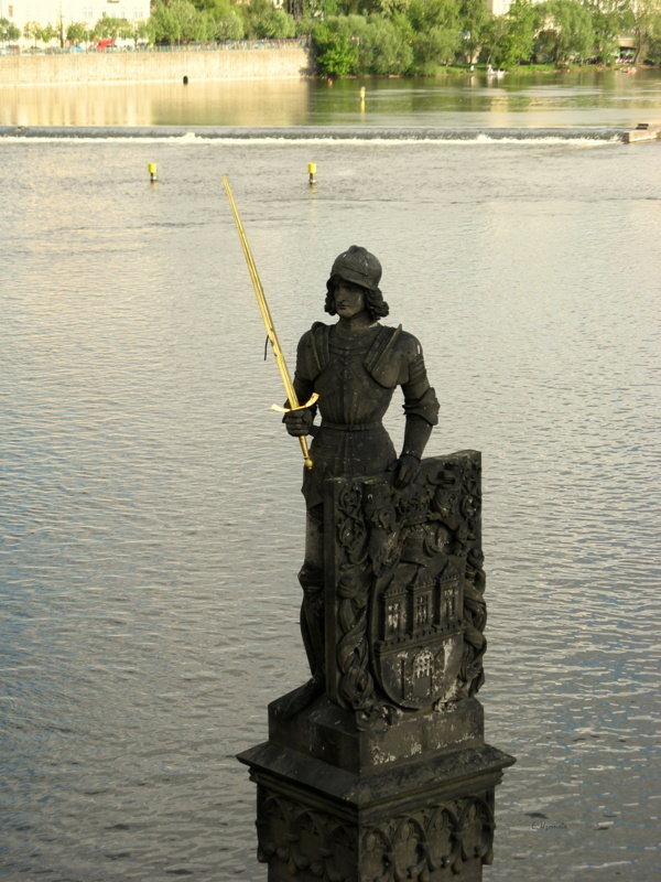 Статуя героя чешский сказаний - рыцаря Брунцвика (Роланда) (1884 год) - Elena Izotova