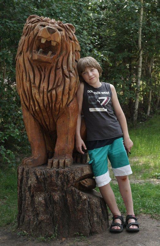 Два Льва. - ArchieJan .