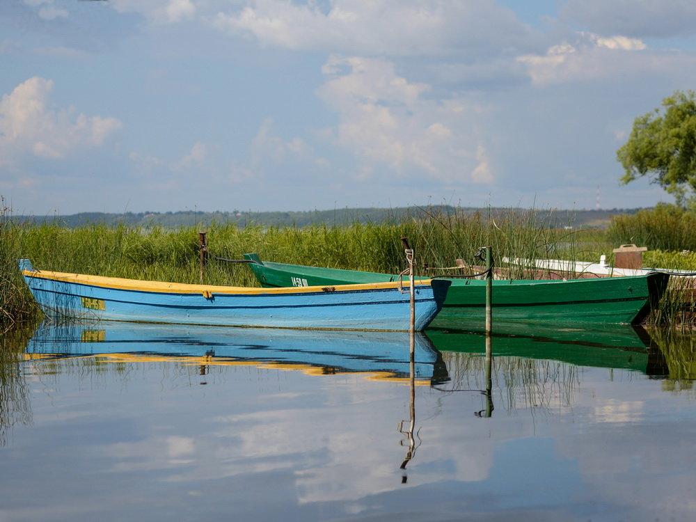 Лодки на озере. Фото 2. - Александр Степовой