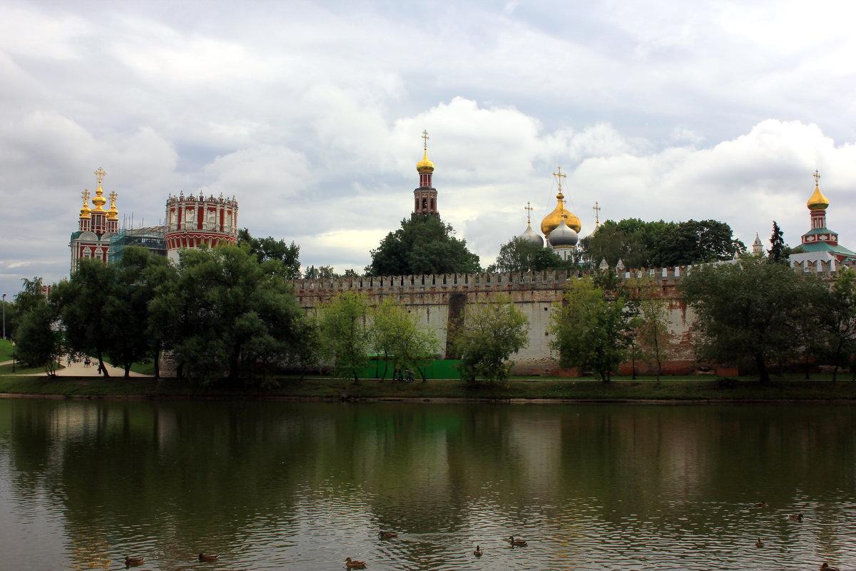Новодевичий монастырь - Иван