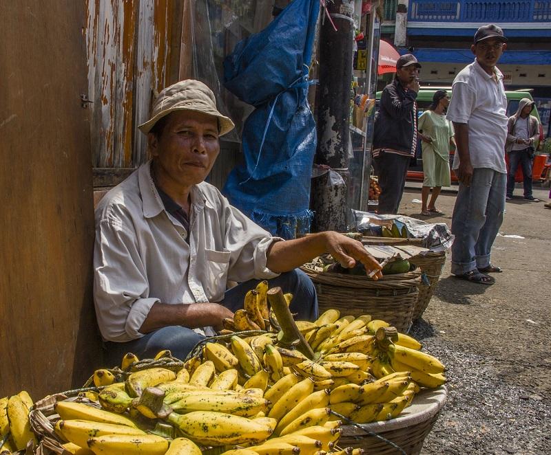 Продавец бананов - Sergey Medvedev