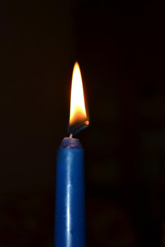 свеча - Мария Пикалова