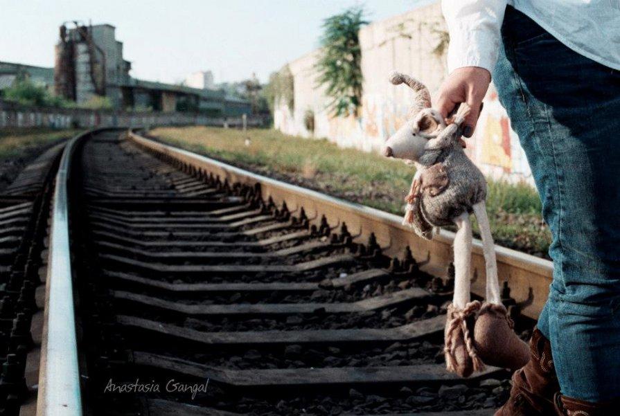 Mouse - Anastasia GangLiON