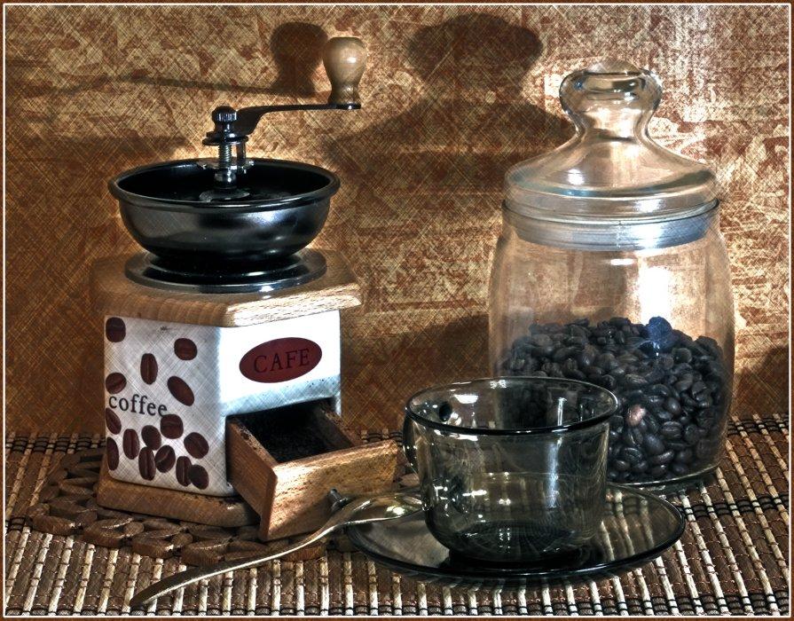 в ожидании чашечки кофе... - Pavel Kravchenko