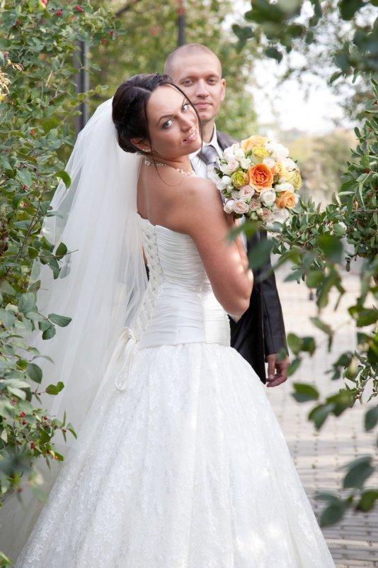 Невеста с женихом - Сергей Горбенко