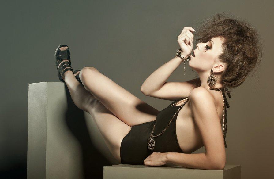 Ann - Natasha Kryzhenkova