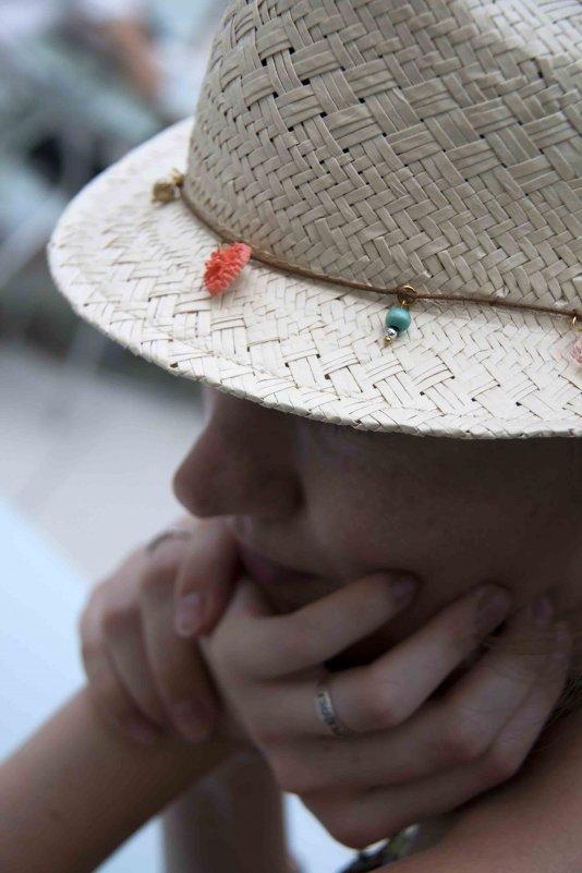 Девушка в шляпе - Ekaterina Shchurina